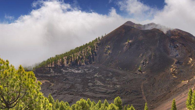 Vulcão fica em arquipélago no Oceano Atlântico - Foto: Reprodução